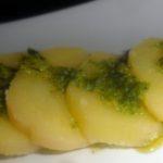 Patate al cartoccio con prosciutto e pesto
