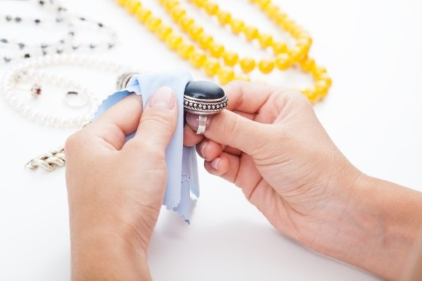pulire i gioielli