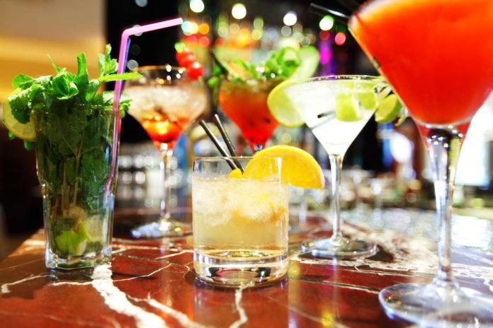 Come organizzare un cocktail-party