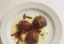 Come preparare sformatini di cioccolato con zabaione