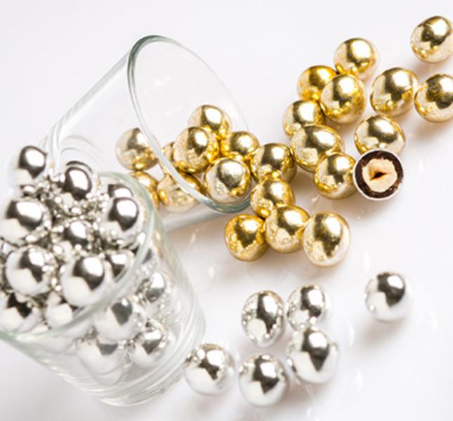 Come festeggiare le nozze d'argento, d'oro e di diamante