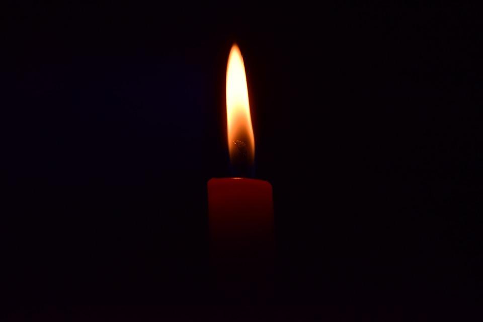 Predire il futuro con la fiamma di una candela