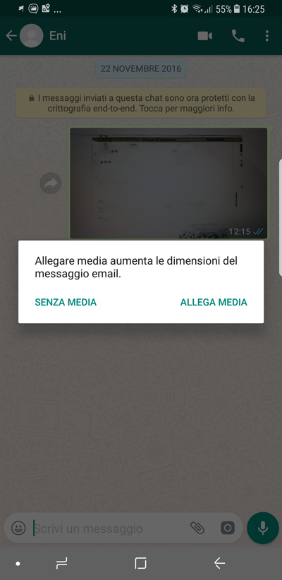 WhatsApp Come inviare una chat tramite e-mail - allega media