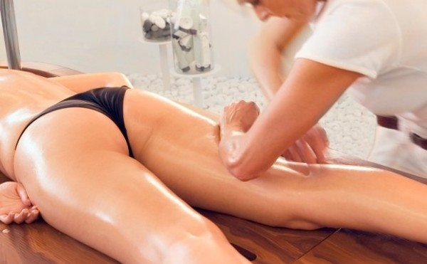 combattere la cellulite massaggio modellante