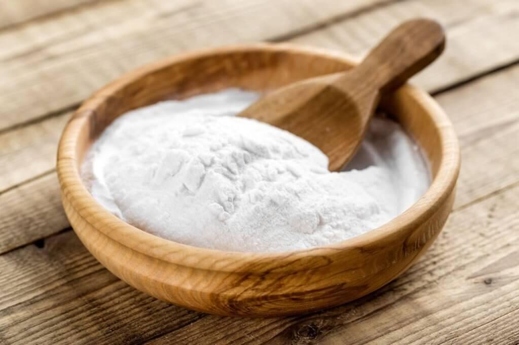 Come eliminare i brufoli - bicarbonato di sodio