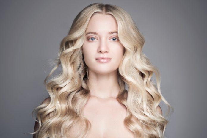 Come fare i capelli mossi